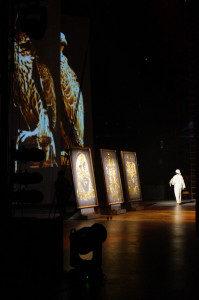 glitter-painting-abou-dhabi-emirats-arabes-unis-live-raivard